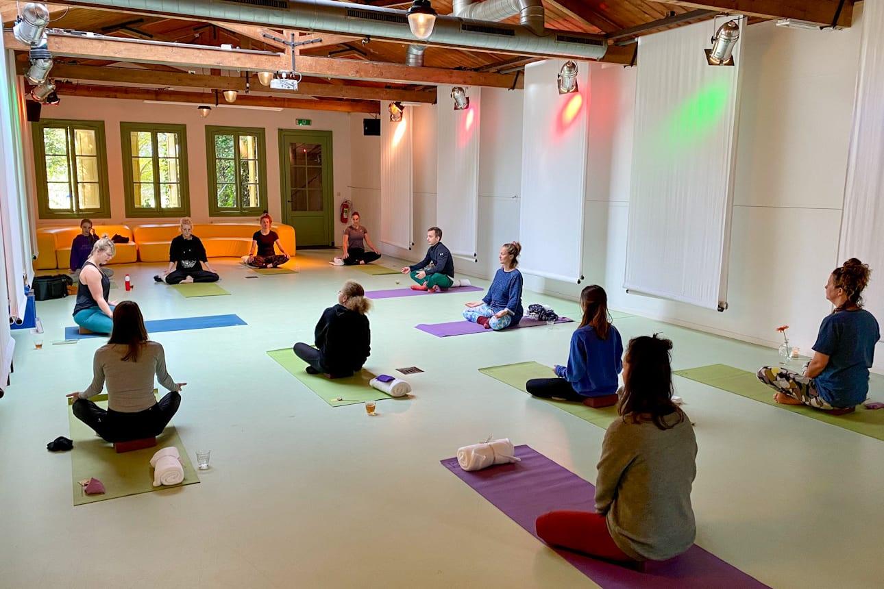 Yoga bij Cantina Amsterdam